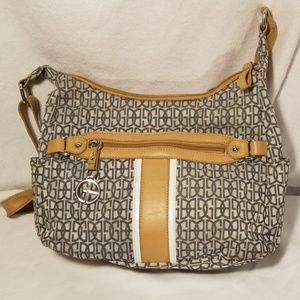 GIANI BERNINI crossbody bag nuetral stylish bag